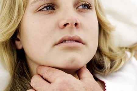 Анафилаксия у девушки