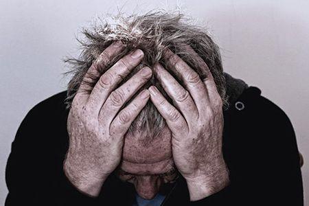 Деградация личности при алкоголизме: симптомы и изменения личности